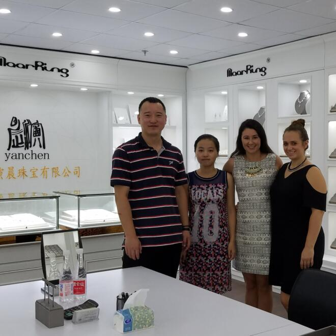 Warmly Welcome Tommika and Sophia to visit Yanchen Jewelry Co.