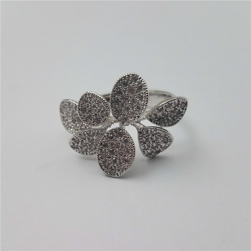 Fashionable marco pave flower shape brass ring with many plated color