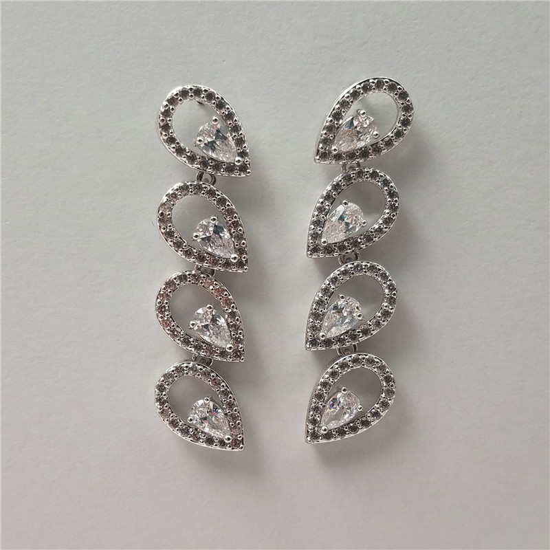 High quality rhodium plated eco-friendly brass material earring with cz stoens