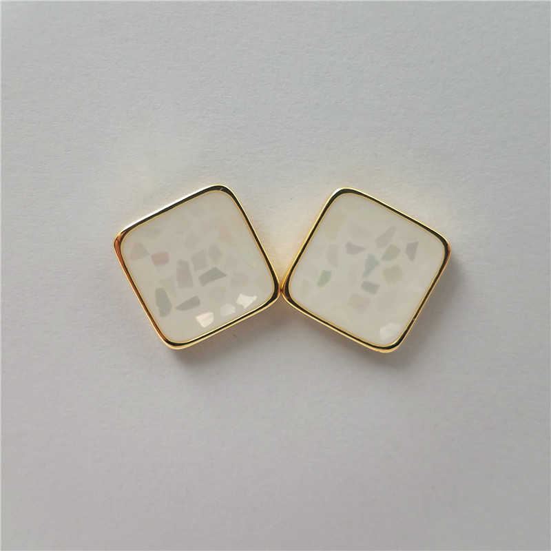 Popular gold plated square shape eco-friendly brass material stud earring